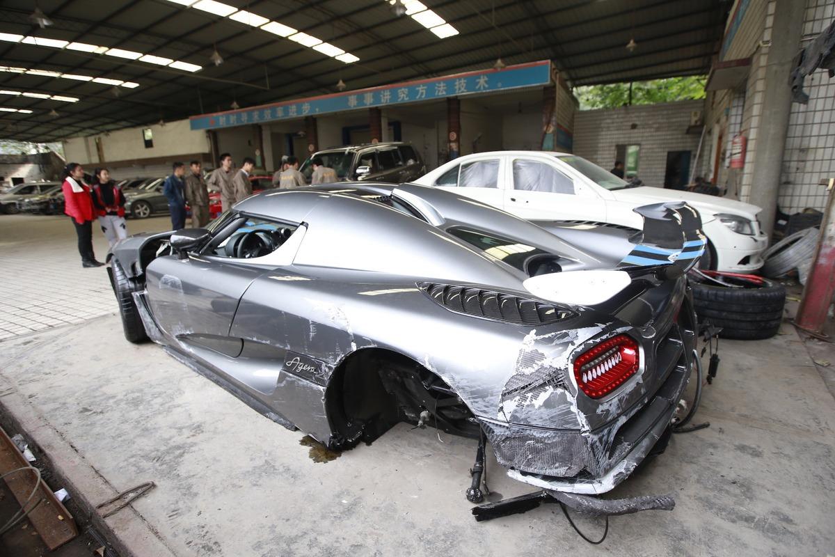Фото розбитих машин дивитться 2 фотография