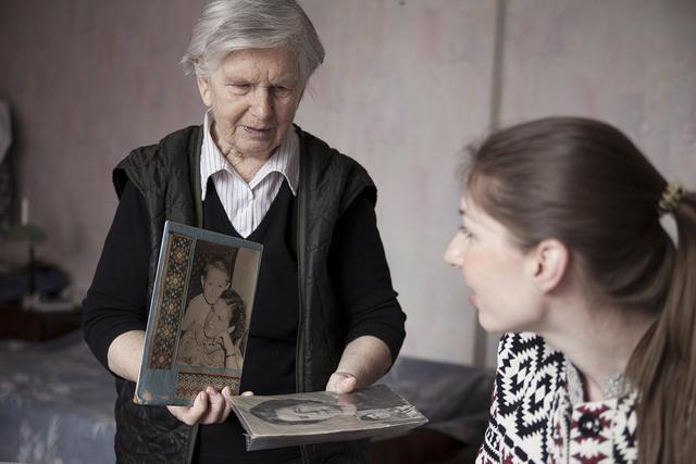 Счастье в маленьких вещах: история женщины, которая трижды убегала от войны и репрессий