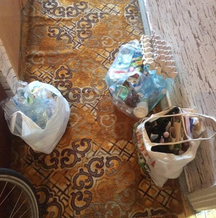 100 пляшок і 80 грн: як і чому я здаю сміття за гроші